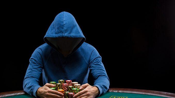 Cara Meraup Keuntungan Bermain Judi Poker Online